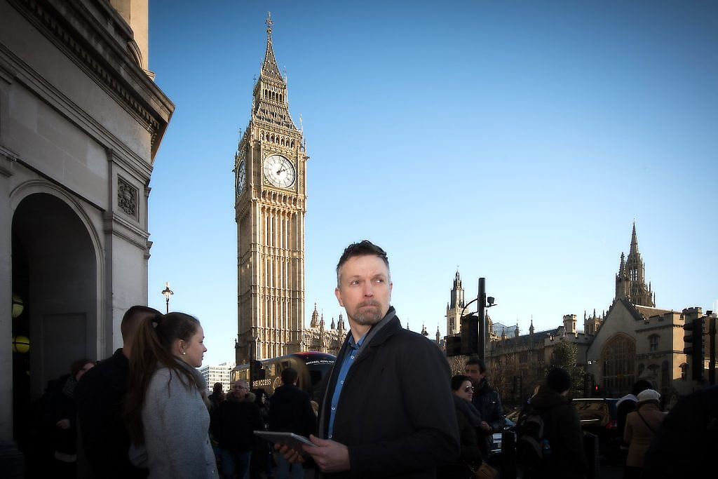 Businessman in front of Big Ben